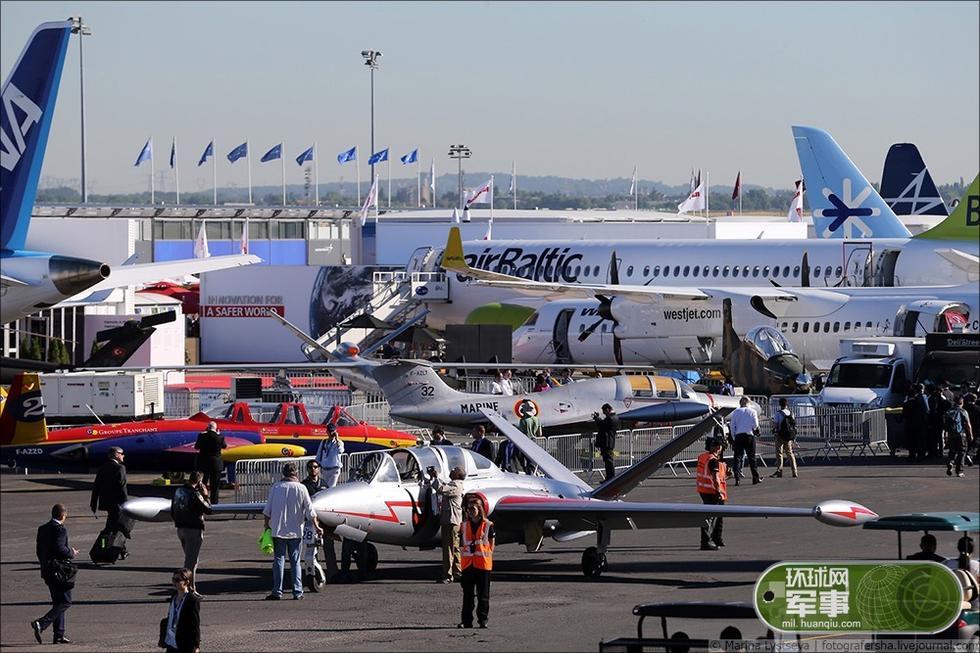 巴黎航展 全球最新飞机重装上阵