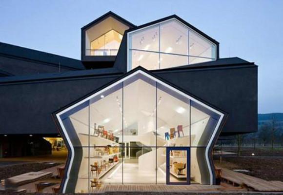 深圳展厅设计装修的展厅风格定位在无彩色系的装修
