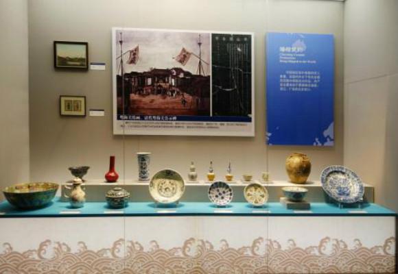 展览中与平面设计的相关有多少,能够更好地传达展览信息?